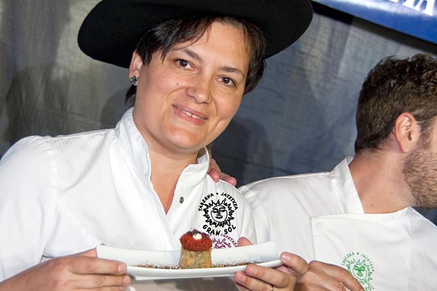 Mika Pop, nuestra Jefe de Cocina, nuestra Campeona. GRAN SOL, Campeón de Gipuzkoa de Pintxos 2014